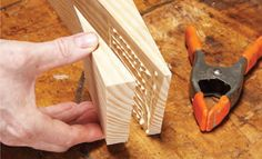 Build a Shaving Horse: DIY Hybrid Shaving Horse Plans Woodworking Horse, Green Woodworking, Woodworking Furniture Plans, Woodworking Workbench, Popular Woodworking, Carved Spoons, Essential Woodworking Tools, Wood Carving Designs, Wood Spoon