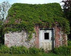 Hut by walled garden, Wiveton Hall, Norfolk.