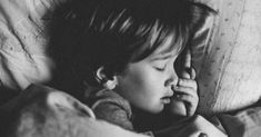 Sleep has different stages called Sleep Cycle; each step has several types and has different effects on our body. Know About Sleep Cycle in this article. Weighted Blanket For Kids, Mommy Loves You, You Drive Me Crazy, Kids Schedule, Sleep Schedule, Cri, Bed Wetting, Bedtime Routine, I Need You