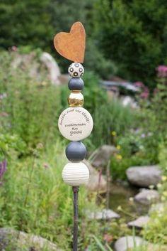 Stele für Verliebte mit Herzabschluß Metall - Gärten für Auge & Seele