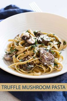 This truffle mushroom pasta looks and sounds fancy but it's an easy pasta dish that takes about 30 minutes to make. The pasta is coated in a creamy truffle cheese sauce and tossed with meaty mushrooms. It feels fancy but is so low maintence to make. Truffle Mushroom, Mushroom Pasta, Truffle Cheese, Truffle Fries, Mushroom Recipes, Vegetarian Recipes, Cooking Recipes, Pasta Recipes, Batch Cooking