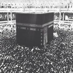 Ka'abah, Holy Makkah credit : unknown