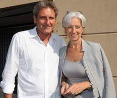 Lagarde with her partner Xavier Giocanti. Older Women Fashion, Over 50 Womens Fashion, Fashion Over 50, Curvy Fashion, Fashion Tips, Fashion Websites, Women's Fashion, Christine Lagard, 50 Y Fabuloso