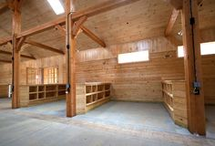 Grooming bay storage