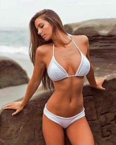 Sexy Bikini, Bikini Babes, Bikini Girls, Mädchen In Bikinis, Bikini Swimwear, Bikini Beach, Mode Du Bikini, Looks Pinterest, Jolie Lingerie