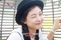 """Kim Yoo Jung on the set of """"Love Cells""""  #LoveCell #KimYooJung"""