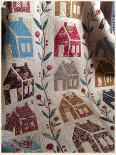 Boughs of Holly House Quilt Patterns, House Quilt Block, House Quilts, Barn Quilts, Quilt Blocks, Appliqué Quilts, Mini Quilts, Longarm Quilting, Machine Quilting