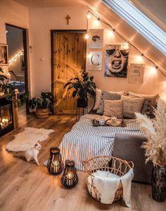 Cute Bedroom Decor, Room Design Bedroom, Room Ideas Bedroom, Home Bedroom, Bedroom Scene, Bedrooms, Bedroom Inspo, Bedroom Wall, Master Bedroom