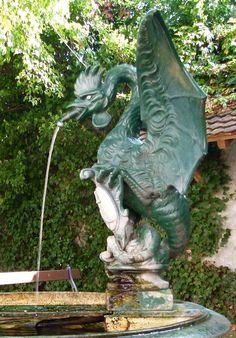 Василиск. Питьевой фонтанчик в Базеле