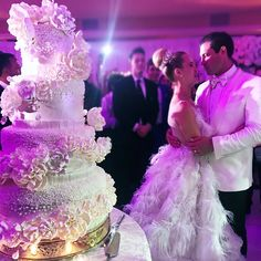 valchmerkovskiy: sharnaburgess: Wedding overload... - make me sway