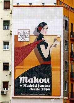 Mahou y Madrid unidos desde 1890 Beer Advertisement, Advertising, Funny Ads, Madrid, Vintage Posters, Baseball Cards, Drinks, Signs, Beer