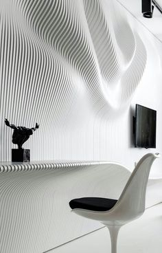 Black and White Bedroom with Beautiful Wavy Wall – Parametrium - The Great Inspiration for Your Building Design - Home, Building, Furniture and Interior Design Ideas Parametric Architecture, Parametric Design, Interior Walls, Interior And Exterior, Audi Interior, Interior Cladding, Interior Office, Conception Paramétrique, Architecture Details
