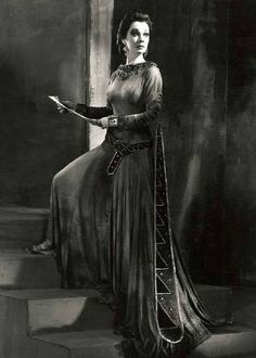 Vivien Leigh on the stage production of Macbeth, 1955.