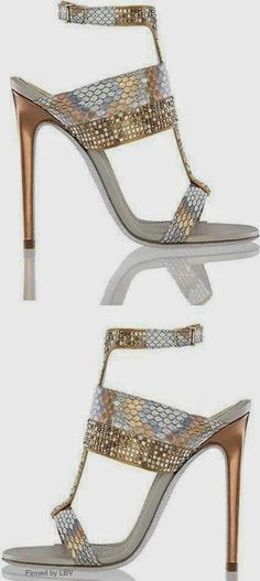 Heel gold shoes