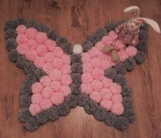 Kézzel készített pillangó Pom Pom szőnyeg