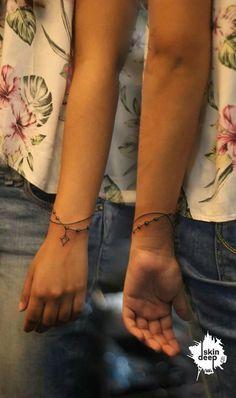 33 Cool Small Wrist Tattoos For Guys Name Tattoos On Wrist, Wrist Tattoos For Guys, Small Wrist Tattoos, Arm Band Tattoo, Trendy Tattoos, Cute Tattoos, New Tattoos, Body Art Tattoos, Female Tattoos