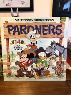 Mickey Mouse Room, Cowboy Song, Walt Disney, Songs, Decor, Decoration, Decorating, Dekorasyon, Dekoration
