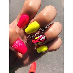 #neon #nails #pink #yellow #figured #summerstyle