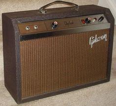 Guitar Rig, Cool Guitar, Valve Amplifier, Bluegrass Music, Antique Radio, Gibson Guitars, Vintage Rock, Epiphone, Vintage Guitars