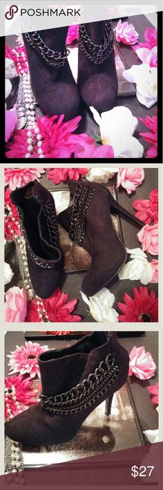 Paprika black booties Paprika black booties with chains size 7 with 4.5 inch heel. Suede like material zips in back super cute and stylish shoe. They are used, but they are in great condition. Thanks so much for looking!!! Paprika Shoes Ankle Boots & Booties