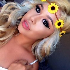 Hi, my name is Nicole i'm 23 years old, my birthday is on March I live in Canada, My Paige is more about Beauty, Life Style & Fashion! Makeup Tips, Eye Makeup, Hair Makeup, Beauty Make Up, Hair Beauty, Bleach Blonde Hair, Magical Makeup, Pretty Face, Makeup Junkie