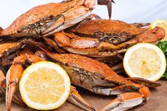Top 7 Must-Try Foods on Hilton Head Island | Hilton Head Island She Crab Soup, Steamed Crabs, Seafood Boil Recipes, Boiled Food, Local Seafood, Pecan Recipes, Man Food, Hilton Head Island, Love Food