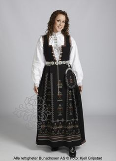 Nordfjord costume of black life. Folk Costume, Costumes, Norway, All Things, Scandinavian, Victorian, Doll, Life, Black