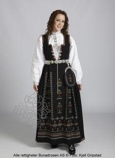 Nordfjord costume of black life. Folk Costume, Costumes, Norway, All Things, Scandinavian, Victorian, Life, Black, Dresses