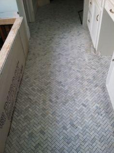 Herringbone marble bathroom floor want it decor tile white floors . Marble Bathroom Floor, Bathroom Flooring, Tile Floor, Mosaic Floors, Stone Bathroom, Marble Mosaic, Shower Floor, Diy Bathroom Decor, Bathroom Renos