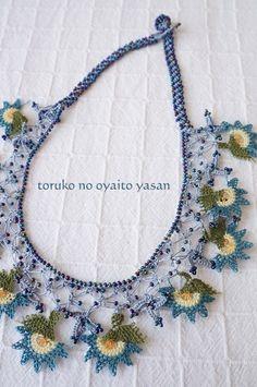 kolye Wire Crochet, Thread Crochet, Knit Crochet, Lace Necklace, Crochet Necklace, Tatting Lace, Needle Lace, Crochet Accessories, Crochet Flowers
