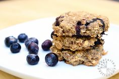 Blueberry Banana Breakfast Cookies (vegan, gluten-free) sub flakseed for coconut oil 3:1 107 calories per cookie per MFP