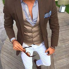 dioniacosta — Tag a gentleman!  Follow@classywolf  .  Photo by...