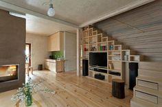 Tároló a lépcső alatt - nappali ötletek