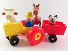 fisher price family farm tractor | Vintage-Fisher-Price-Little-People-Play-Family-Farm-Tractor-Animal-Lot ...