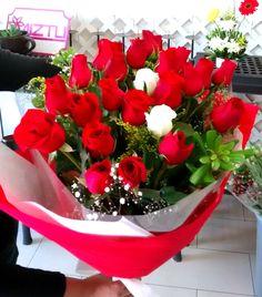 #HaceMuchoQue no regalas o recibes flores? Pues aquì estàn nuestros originales y hermosos diseños!