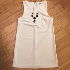 Forever 21: White casual dress Comfortable white dress, perfect for the summer or goes great with a blazer. Forever 21 Dresses