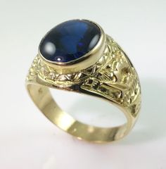 MENS VINTAGE 18K GOLD RING  * SOLID 18K YELLOW GOLD CLASS RING WITH BLUE STONE