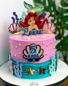 Ocean Birthday Cakes, Mermaid Theme Birthday, Birthday Cookies, Bolo Laura, Fruit Cake Watermelon, Ariel Cake, Princess Cake Toppers, Mermaid Cakes, Character Cakes
