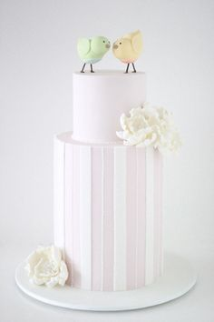 10 Simple Steps to Getting the Perfect Wedding Cake