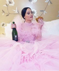 Kacey Musgraves after the Kacey Musgraves Christmas, Vanity Fair Oscar Party, Badass Women, Celebs, Celebrities, New Wall, Cosmopolitan, Style Icons, Actors & Actresses