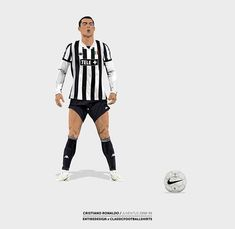 Cr7 Juventus, Soccer Poster, Football Pictures, Football Wallpaper, Cristiano Ronaldo, Football Players, Old Women, Cool Pictures, Lady