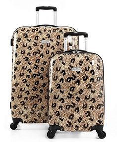 Jessica Simpson Luggage, Leopard Spinner Hardside - Luggage Collections - luggage - Macy's -I don't think I have ever loved anything more! Cute Luggage, Luggage Sets, My Bags, Purses And Bags, Hardside Luggage, Leopard Animal, Beautiful Bags, Cheetah Print, Travel Style