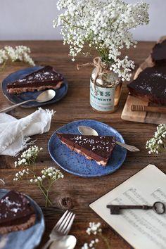 CHOCOLATE TART WITH