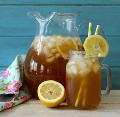 Arnold Palmer (low calorie) - A light refreshing drink made with tea and lemons. Only 42 calories a glass.