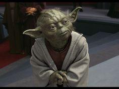 yoda star wars - è un personaggio positivo, è simpatico, è saggio, è potente ed ha un aspetto buffo, che fa sorridere.