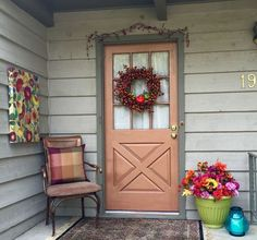 I wanted to redo my front porch for fall for less than $20, so I put the family to work Saturday. Here's what we've done so far...