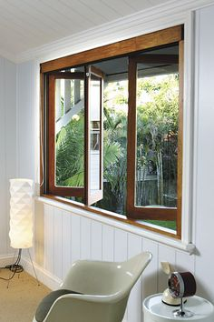 cafe window Stegbar photo library - /products/windows_and_doors/timber/bifold_windows