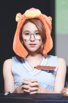 Kpop Girl Groups, Korean Girl Groups, Kpop Girls, Extended Play, Nayeon, Twice Songs, Baby Cubs, Chaeyoung Twice, Dahyun