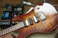Suhr Guthrie Govan Guthrie Govan, Types Of Guitar, Guitar Pins, Beautiful Guitars, Electric Guitars, Acoustic Guitar, Wicked, Universe, Sweet