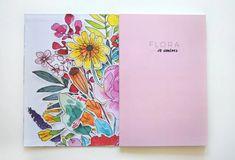 """""""Flora"""" es un libro con 24 diseños florales dibujados por Jo Jiménez. Puedes utilizarlo para colorear con técnicas mixtas como lápices de colores, plumones, acrílico y hasta acuarela –sin exceso de agua–, o usar los diseños para traspasarlos a tus proyectos textiles. Todas las hojas interiores vienen con prepicado, para que puedas retirarlos y utilizarlos como tú quieras (hasta puedes enmarcarlos!) Textiles, Floral Design, Free Coloring, Florals, Leaves, Water, Fabrics, Textile Art"""